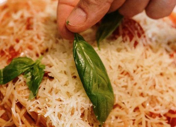 What You Need to Know About Italian Cuisine: Diverse and Delicious